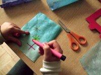 Papierzuschnitte bemalen