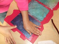 Papier aufkleben
